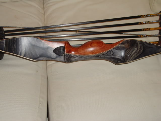 Martin Hunter Recurve Review - a Traditional Bow Inspection